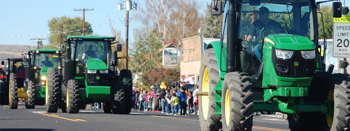 tractors-front-street